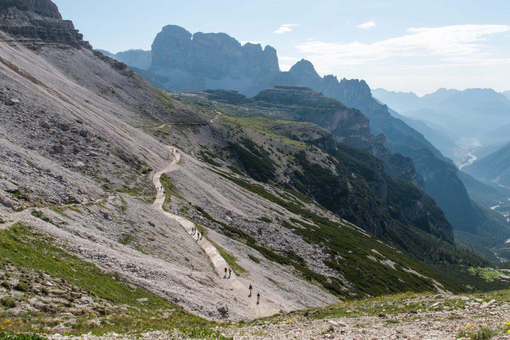 Partenza-Escursione-tre-Cime-di-Lavaredo